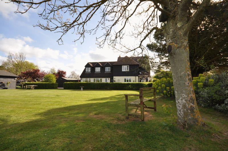 5 Bedrooms Detached House for sale in Springfield, East Mersea Road, West Mersea