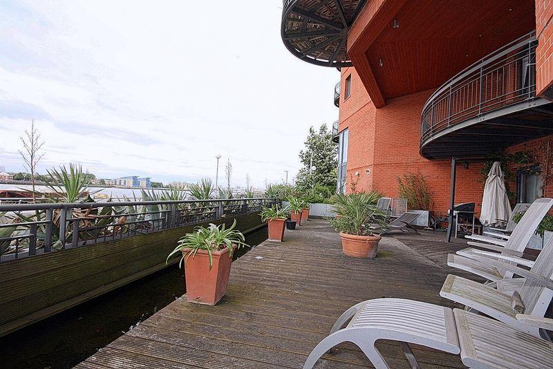 Arnhem Place New Atlas Wharf