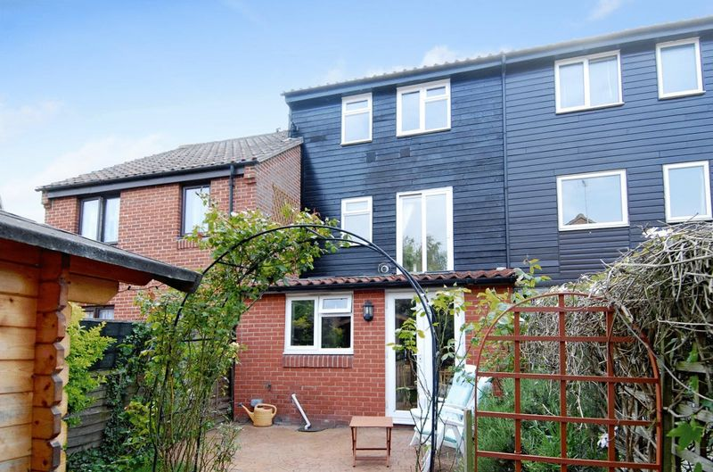 4 Bedrooms Terraced House for sale in Sherwood Avenue, Abingdon