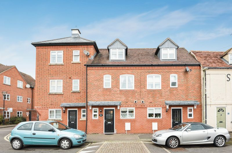 3 Bedrooms Terraced House for sale in St Edmunds Lane, Abingdon