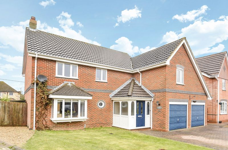 4 Bedrooms Detached House for sale in Willow Lane, Milton