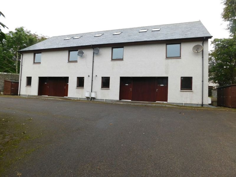2 Bedrooms Terraced House for sale in Ormlie Road, Thurso, Caithness