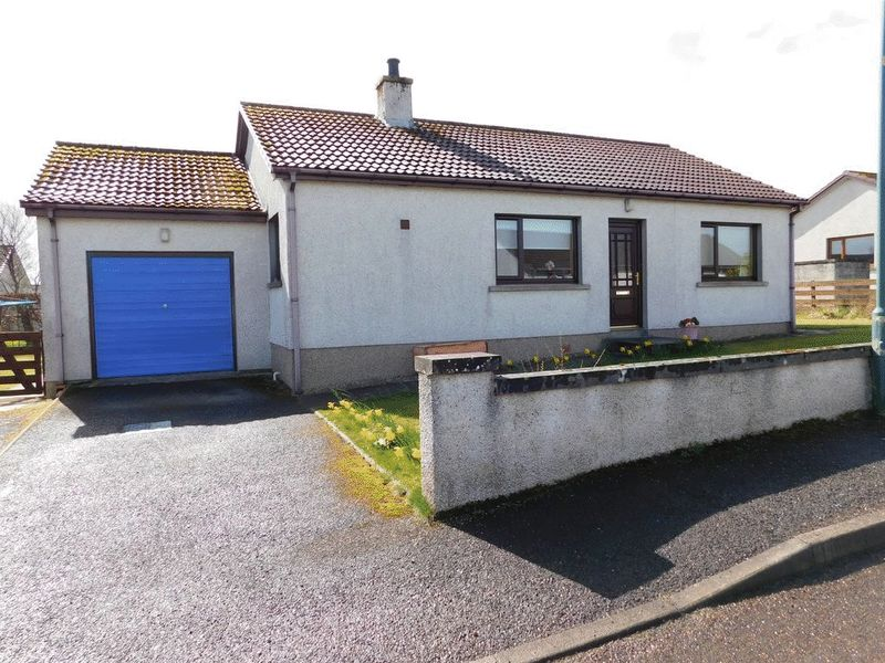 2 Bedrooms Detached Bungalow for sale in Grant Avenue, Thurso, Caithness