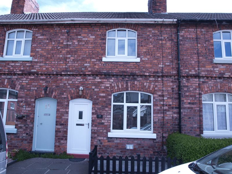 2 Bedrooms Terraced House for sale in Solvay Road, Winnington, CW8 4DP