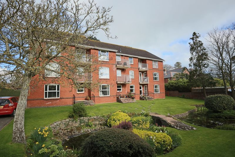 2 Bedrooms Flat for sale in Blue Cedar Court, Cyprus Road, Exmouth