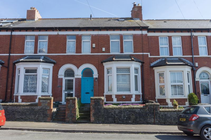 2 Bedrooms Terraced House for sale in Grove Place, Penarth