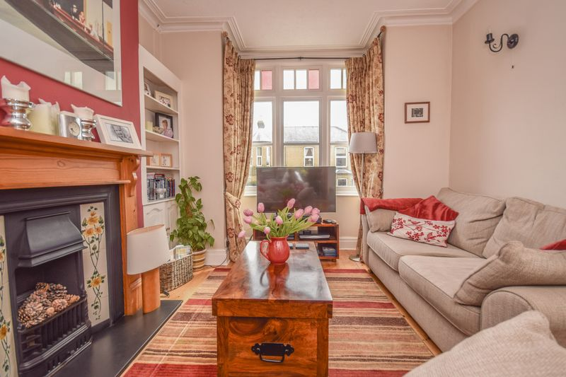 4 Bedrooms Terraced House for sale in Vicarage Road, Ware
