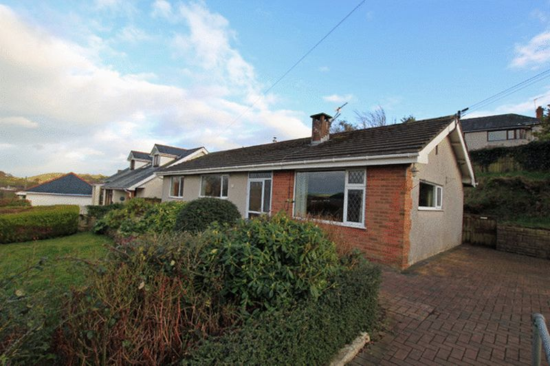 3 Bedrooms Detached Bungalow for sale in PENYMORFA LANE, CARMARTHEN