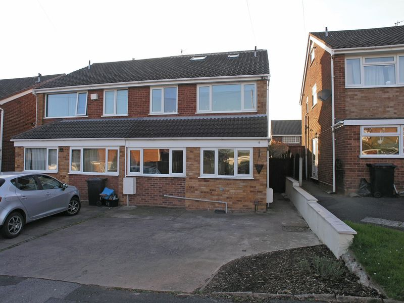 4 Bedrooms Semi Detached House for sale in STOURBRIDGE, Penfields, Brecon Drive