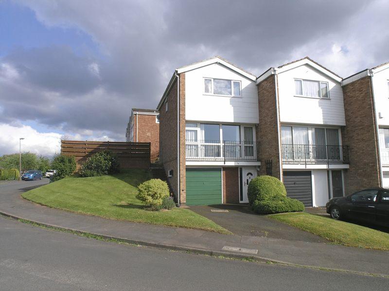 3 Bedrooms Terraced House for sale in STOURBRIDGE, PEDMORE, Chawn Park, Halfcot Avenue