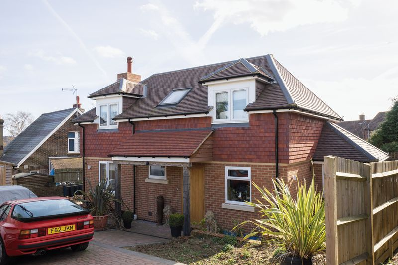 3 Bedrooms Detached House for sale in Yew Tree Road, Tunbridge Wells