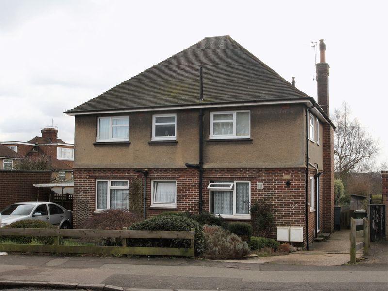 2 Bedrooms Flat for sale in Powdermill Lane, Tunbridge Wells