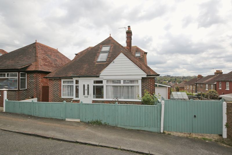 5 Bedrooms Detached House for sale in Gordon Road, Tunbridge Wells