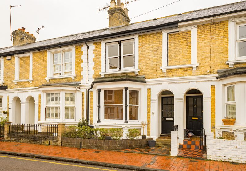 3 Bedrooms Terraced House for sale in Mountfield Road, Tunbridge Wells