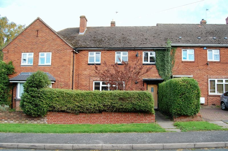 3 Bedrooms Terraced House for sale in Kingsley Avenue, Tettenhall Wood.