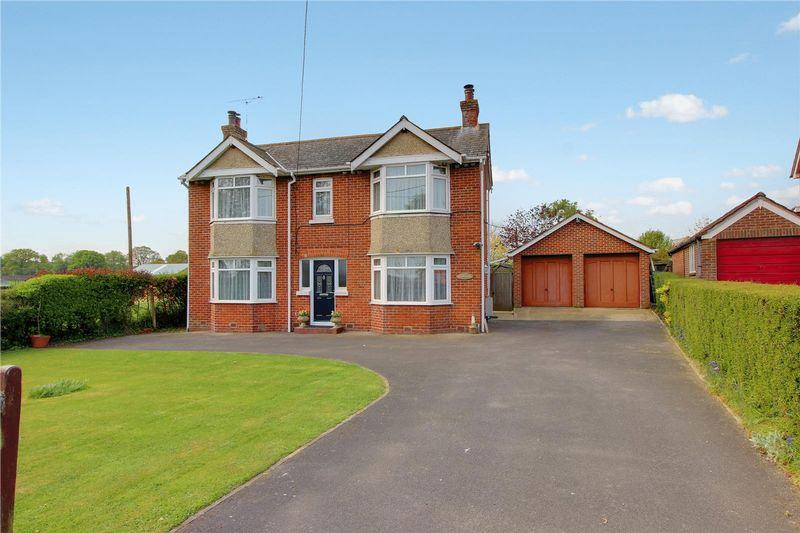 2 Bedrooms Detached House for sale in Ower, Nr Romsey, Hampshire