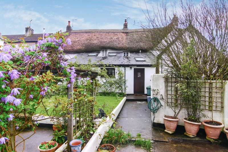 3 Bedrooms Terraced House for sale in Bridge Street, Okehampton