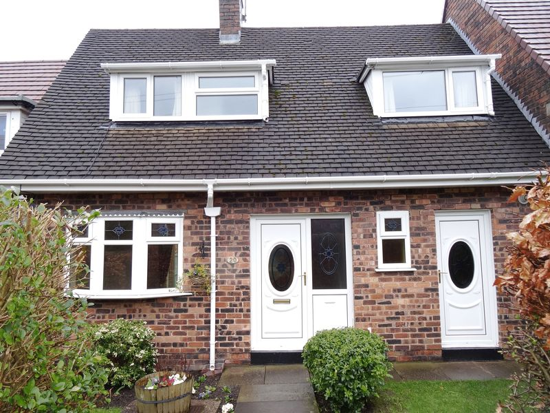2 Bedrooms Terraced House for sale in Sandgate Road, Macclesfield