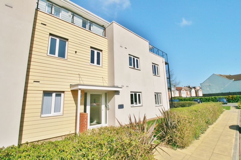 2 Bedrooms Flat for sale in Gisors Road, Southsea