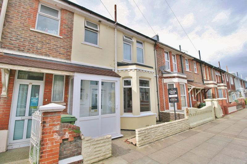 3 Bedrooms Terraced House for sale in Mayles Road, Southsea