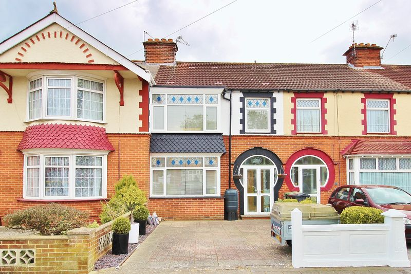 3 Bedrooms Terraced House for sale in Highbury Grove, Portsmouth