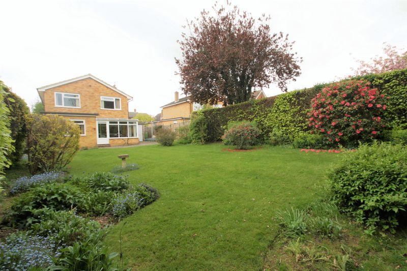 Great Courtlands Langton Green