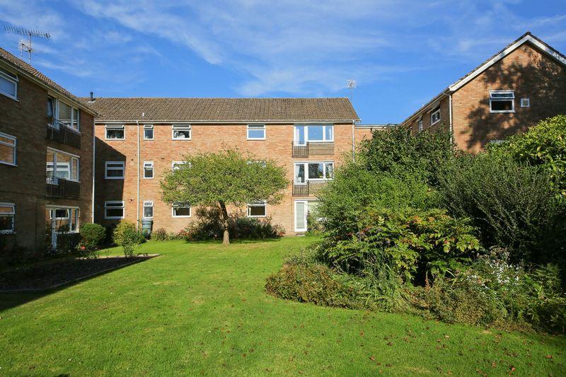 Southborough Court, Park Road Southborough