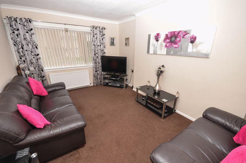 1 Bedroom Bungalow for sale in Drumtrocher Street, Kilsyth