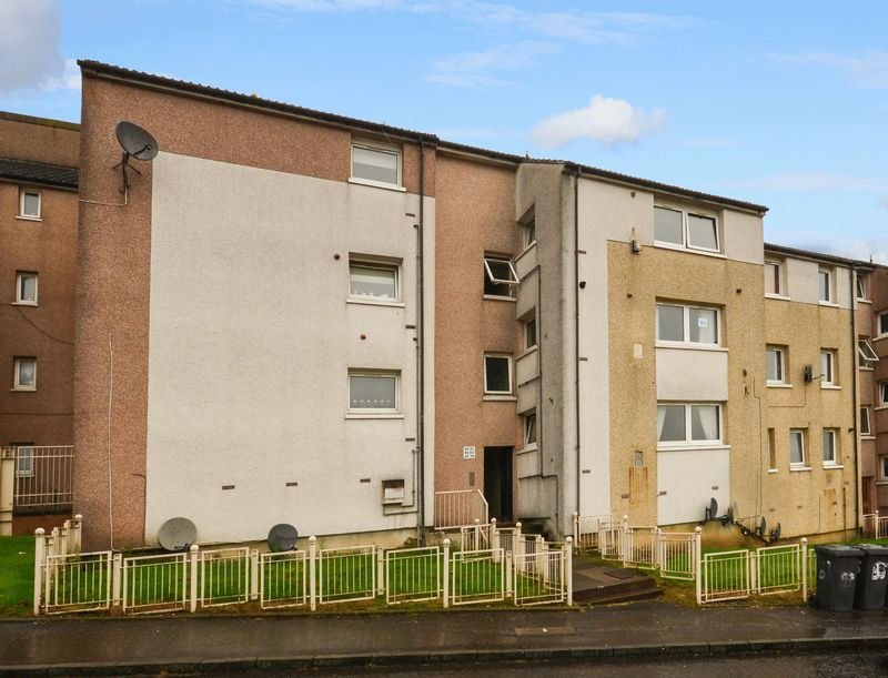 2 Bedrooms Flat for sale in Northfield Road, Kilsyth