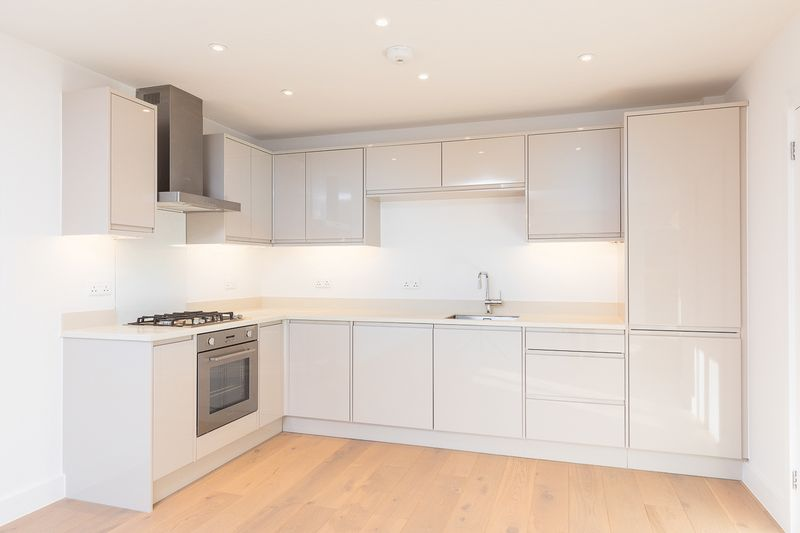 2 Bedrooms Flat for sale in Somerset Road, Tunbridge Wells