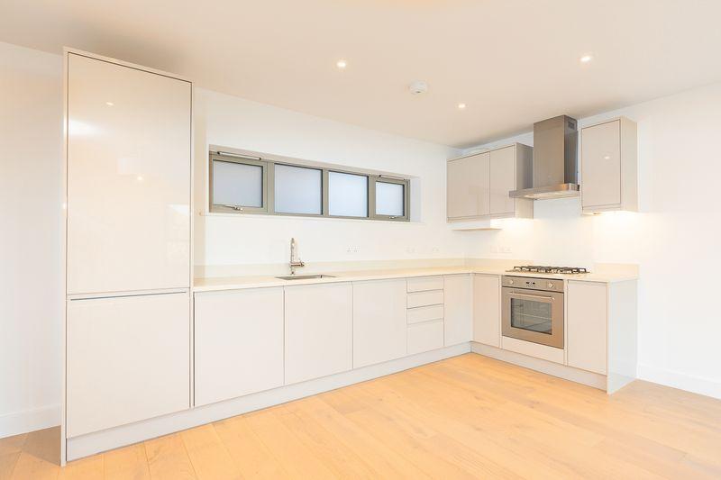 2 Bedrooms Flat for sale in Somerset Road, Tunbridge Wells