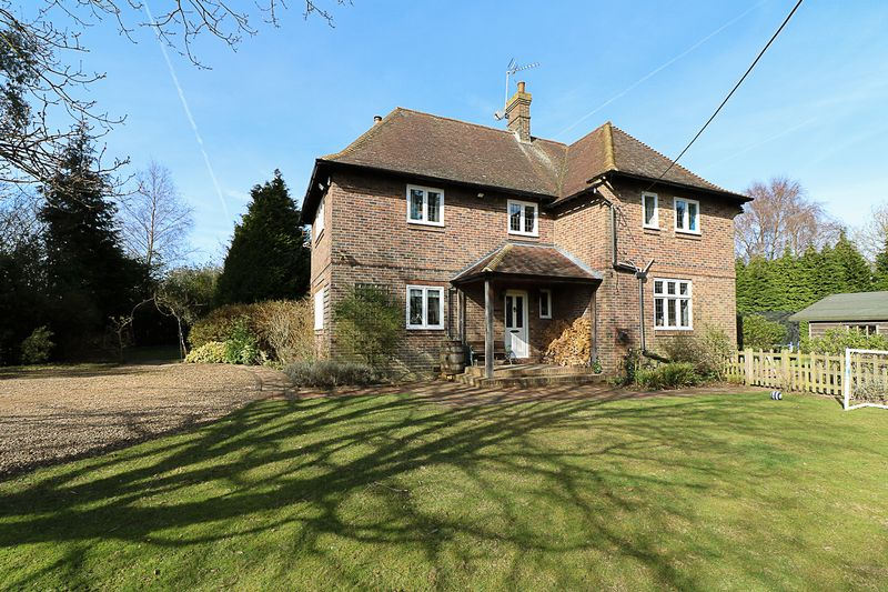 4 Bedrooms Detached House for sale in Beech Lane, Matfield