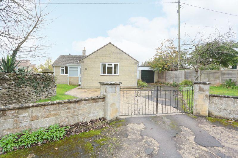 2 Bedrooms Property for sale in Kington St Michael Kington St Michael, Chippenham