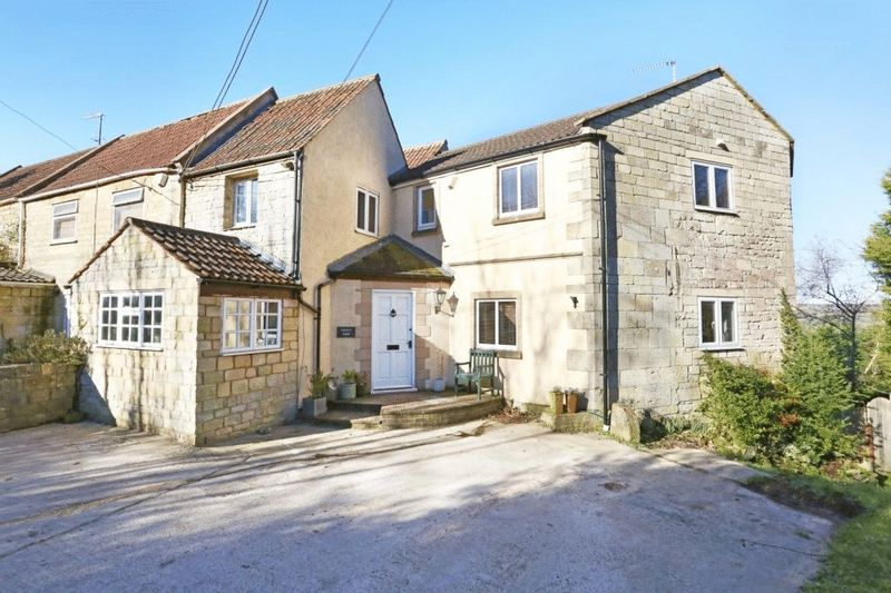 4 Bedrooms Property for sale in Box Hill, Corsham