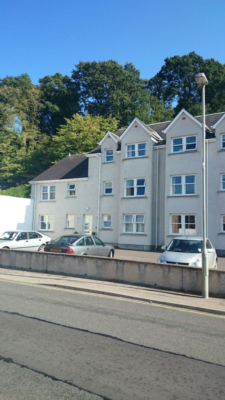 Be Quick- 2 Bedroom Furnished Flat Haugh...