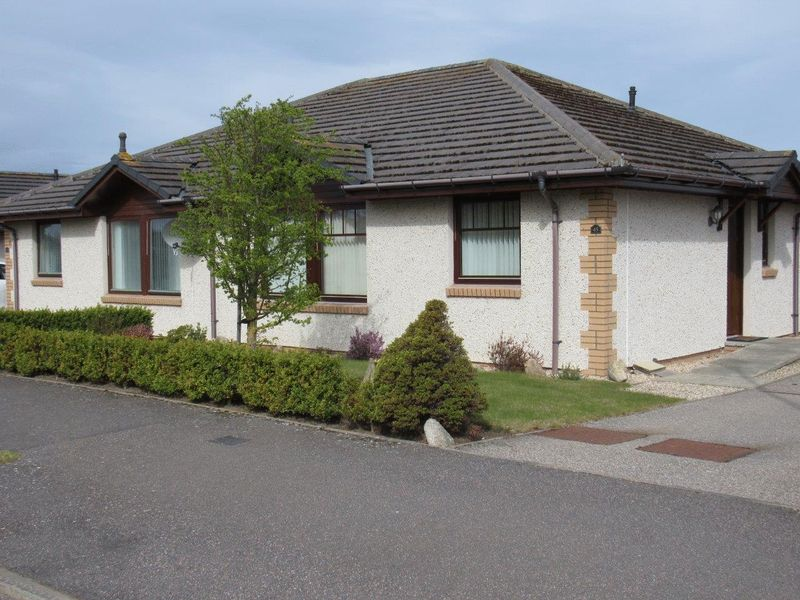 2 Bedrooms Semi Detached Bungalow for sale in Two bedroom semi detached bungalow Sutors Park, Nairn