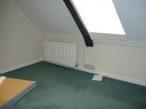2nd Floor Offices TO LET in Ashford's central commercial area£5,200 - Photo 5