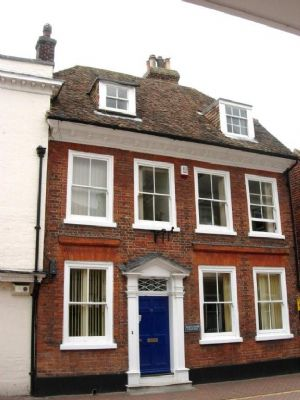 2nd Floor Offices TO LET in Ashford's central commercial area£5,200 - Photo 2