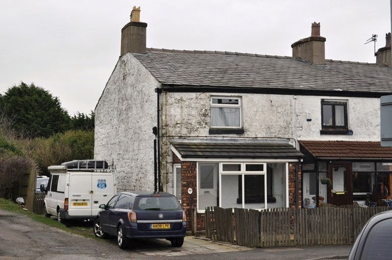 2 Bedrooms Terraced House for sale in Bank Lane, Melling