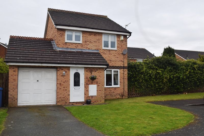 3 Bedrooms Detached House for sale in Moorfoot Way, Melling Mount