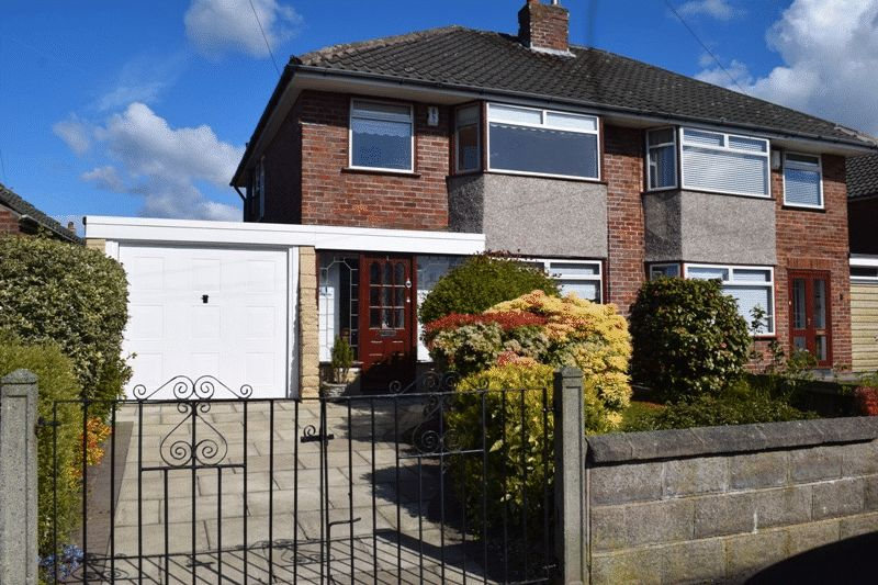 3 Bedrooms Semi Detached House for sale in Greenville Drive Maghull