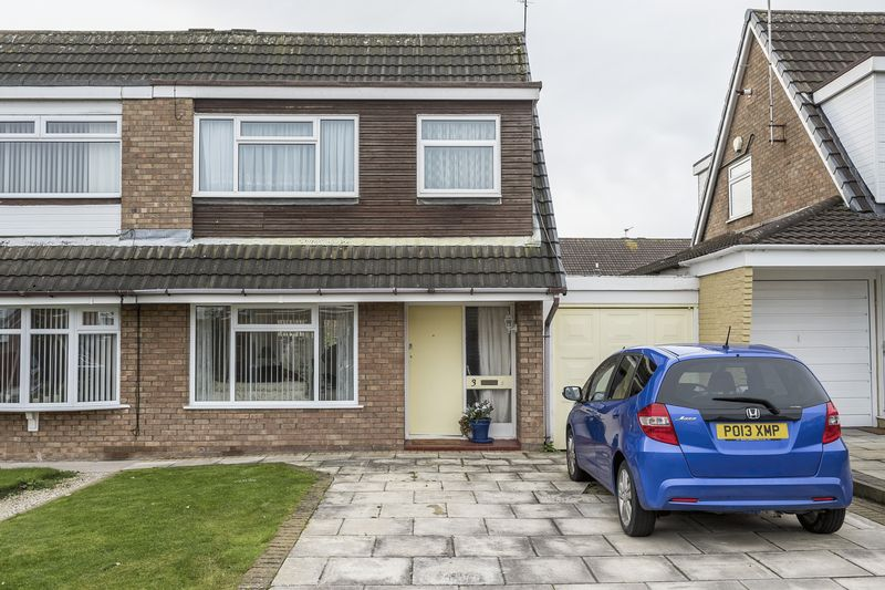 3 Bedrooms Semi Detached House for sale in Upton Barn, Maghull