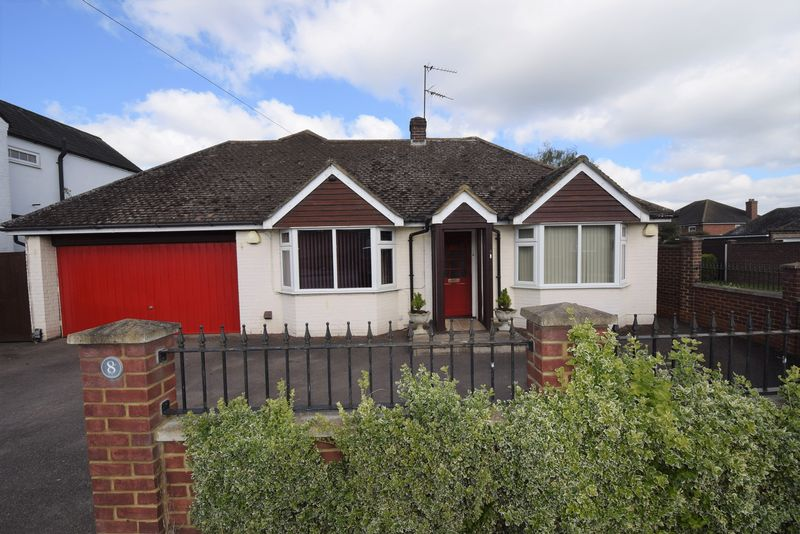 5 Bedrooms Bungalow for sale in Windmill Road, Flitwick