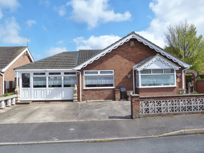 2 Bedrooms Detached Bungalow for sale in Winthorpe Avenue, Skegness
