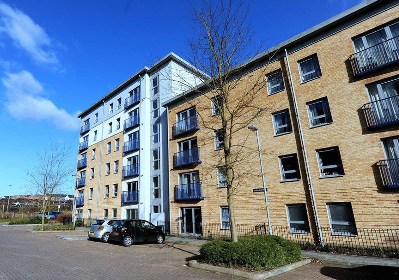 1 Bedroom Flat for sale in Viewings available SATURDAY 29th April - Call to BOOK your time!