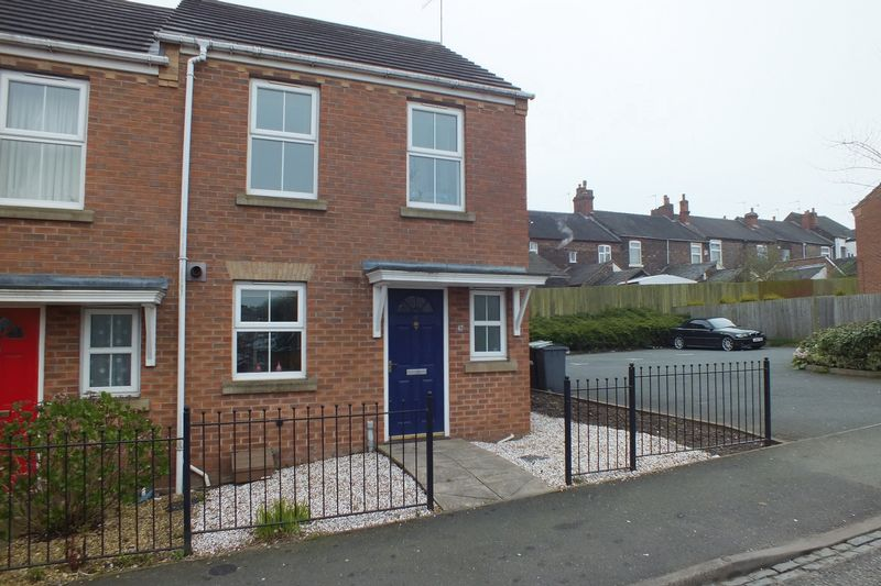 2 Bedrooms House for sale in Furlong Road, Tunstall, Stoke-On-Trent