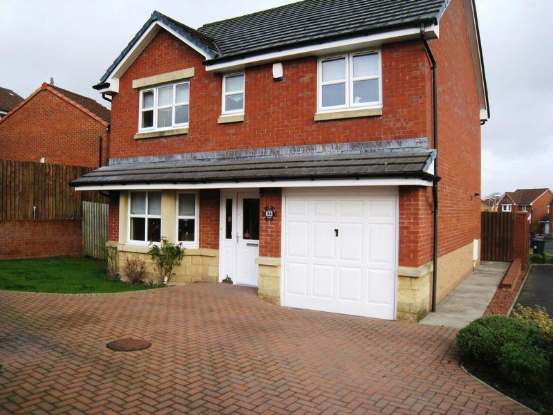 4 Bedrooms Detached House for sale in Brambling Road, Coatbridge