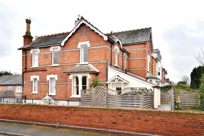 1 Bedroom Flat for sale in Whitecross Road, Hereford, HR4 0DJ