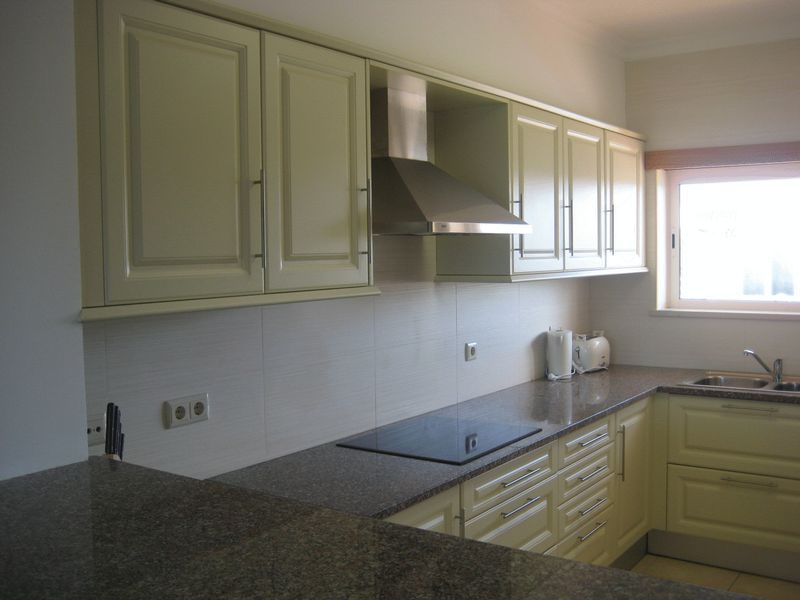 Linked Villa with golf and pool views, Budens