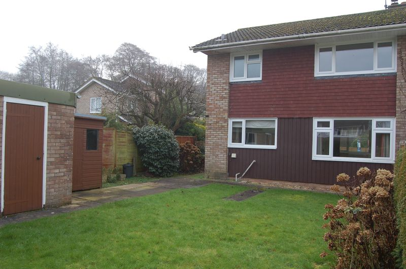 3 Bedrooms Semi Detached House for sale in The Willows, Usk